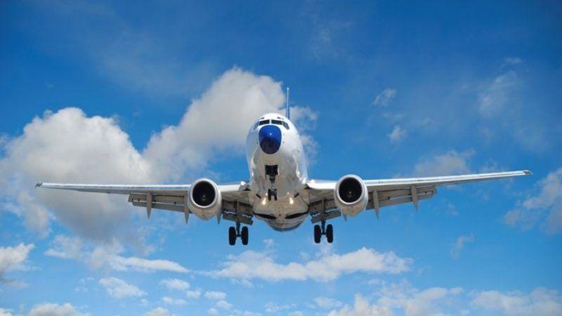 самолет во время грозы
