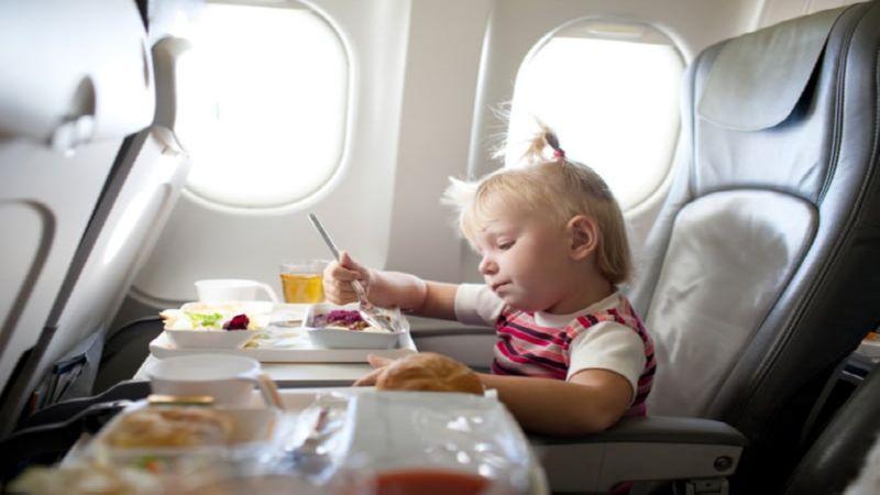 - до какого возраста дети летают бесплатно