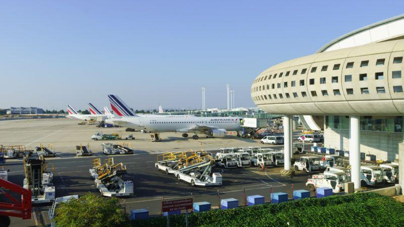 как добраться из аэропорта Шарль Де Голль до центра Парижа