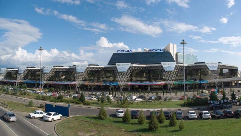 есть ли аэропорт в Сочи или только в Адлере