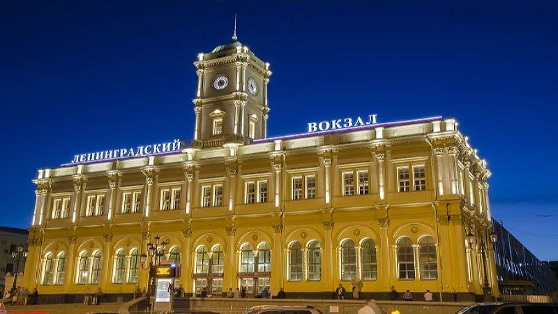 как доехать от Ленинградского вокзала до Домодедово