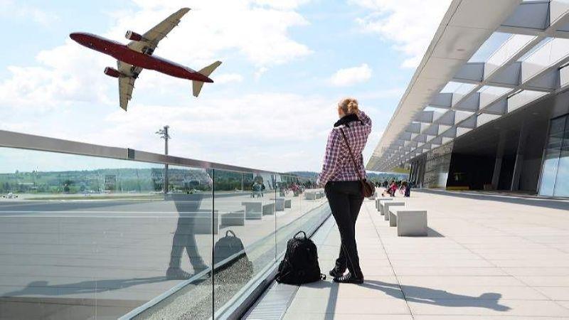 как узнать время прилета самолета по номеру рейса