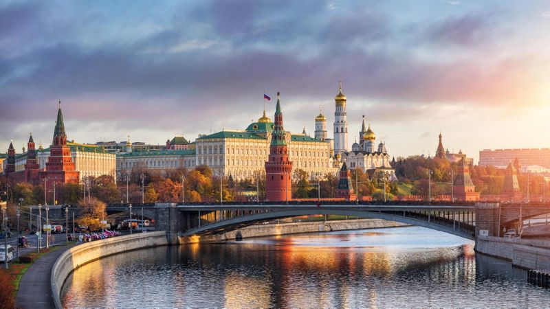 сколько стоит билет на самолет на Ростов