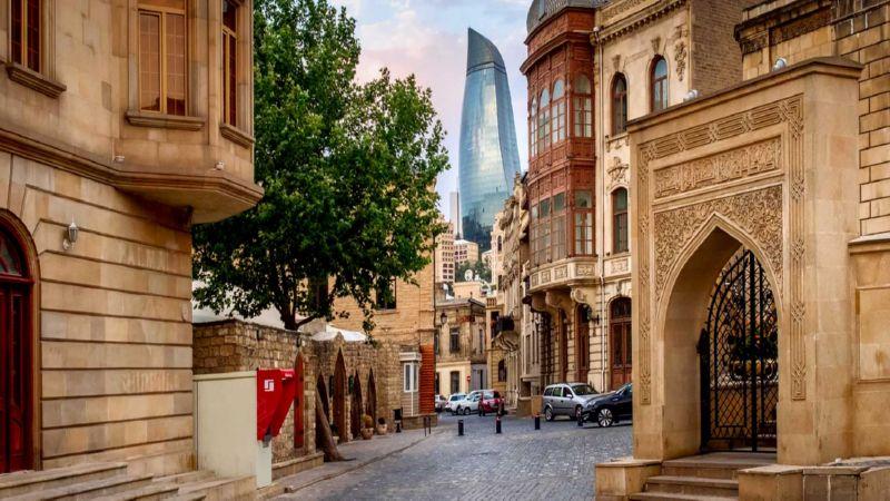 сколько лететь до Баку